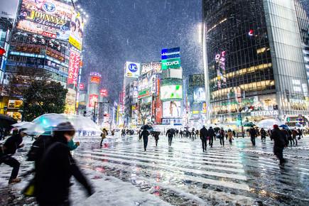 14924-Shibuya-Kreuzung-Tokyo-im-Winter--by-jrg-fait