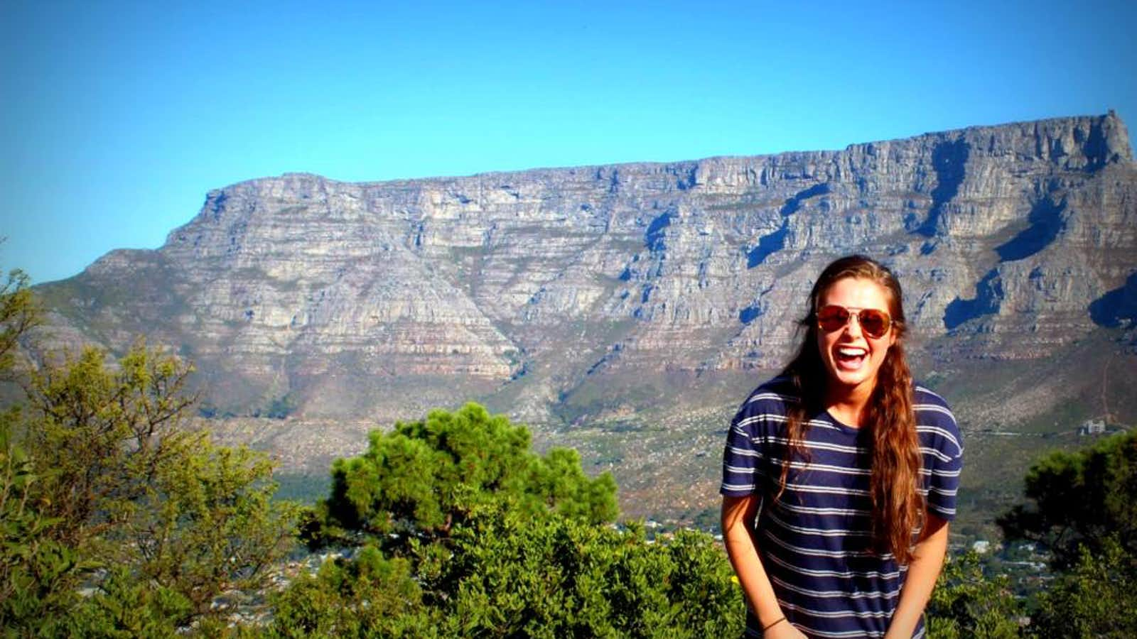 Dina in front of Table Mountain