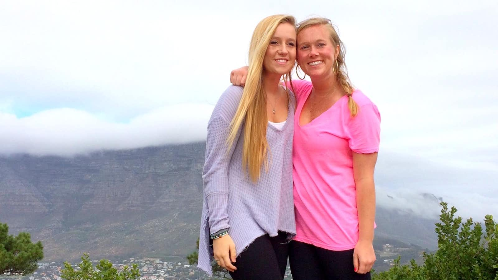 Students viewing Table Mountain